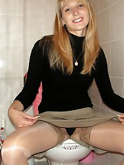 8 pictures - panty shots upskirt picture gallery