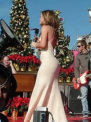 8 pictures - celebrity upskirt cameltoe photo gallery