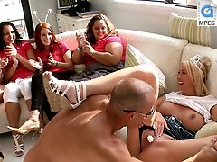 3 movies - Hot blonde loves to get her pussy eaten